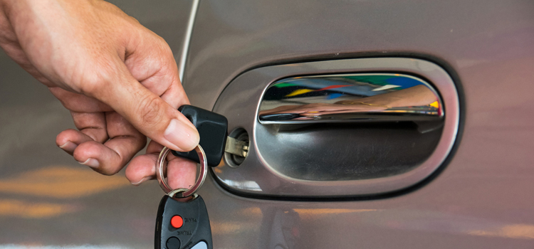 Car door lock repair in Ottawa